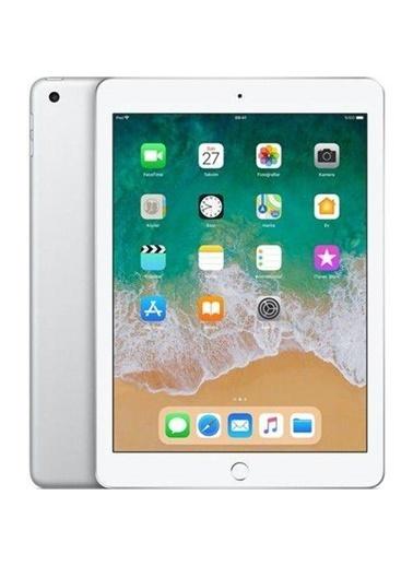 Apple Yeni iPad 9.7 inç 6.nesil Wi-Fi 32GB MR7G2TU/A Gümüş